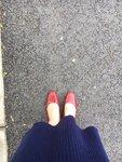 穿上新鞋,出门得瑟去了